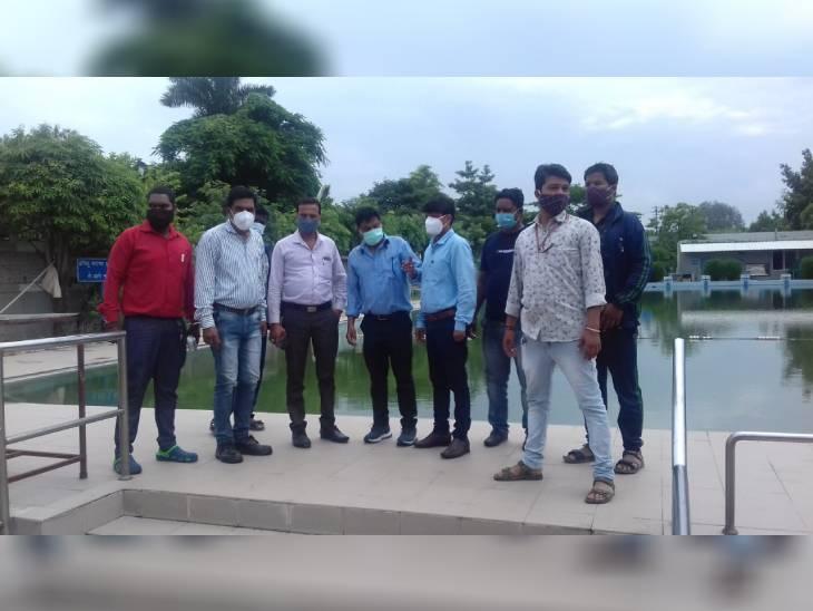 स्वीमिंग पूल में मिला लार्वा, निगम ने 10 हजार रुपये का जुर्माना किया; 62 मामलों में स्पॉट फाइन|भोपाल,Bhopal - Dainik Bhaskar