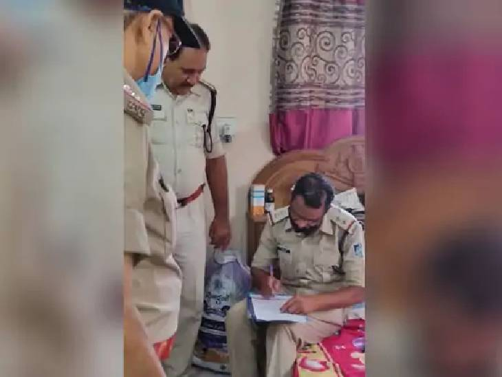 जबलपुर में सिर में हथौड़ा मारकर पत्नी की कर दी थी हत्या; चरित्र संदेह में वारदात को दिया था अंजाम|जबलपुर,Jabalpur - Dainik Bhaskar