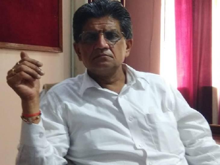 अब तक 16 मरीजों में डेंगू की पुष्टि, सीएमओ ने बनाई 11 टीमें, जिला अस्पताल में बनाया गया 10 बेड़ों का स्पेशल वार्ड|जालौन,Jalaun - Dainik Bhaskar
