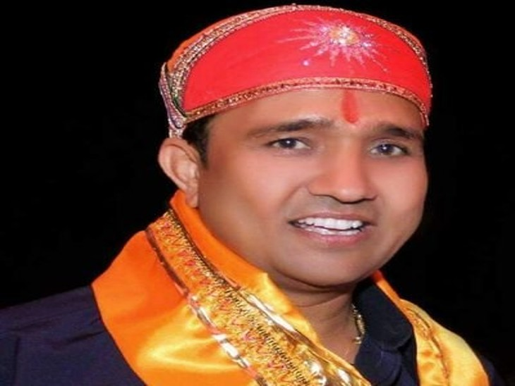 संविदा चालक देवेन्द्र ने पारस सिंघवी पर अभद्रता कर मारपीट के लगाए आरोप, आयुक्त को शिकायत पत्र लिखकर न्याय की लगाई गुहार, सिंघवी बोले- जानबूझकर करवाई जा रही शिकायतें|उदयपुर,Udaipur - Dainik Bhaskar