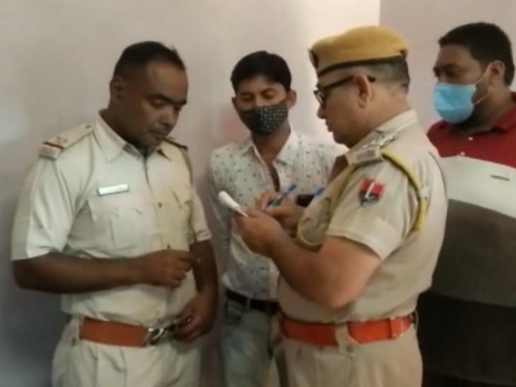 शटर तोड़कर सबसे पहले सीसीटीवी का पिन निकाला, 45 हजार रुपए लेकर भाग गए,एक महीने में चोरी की तीसरी बड़ी वारदात|चूरू,Churu - Dainik Bhaskar