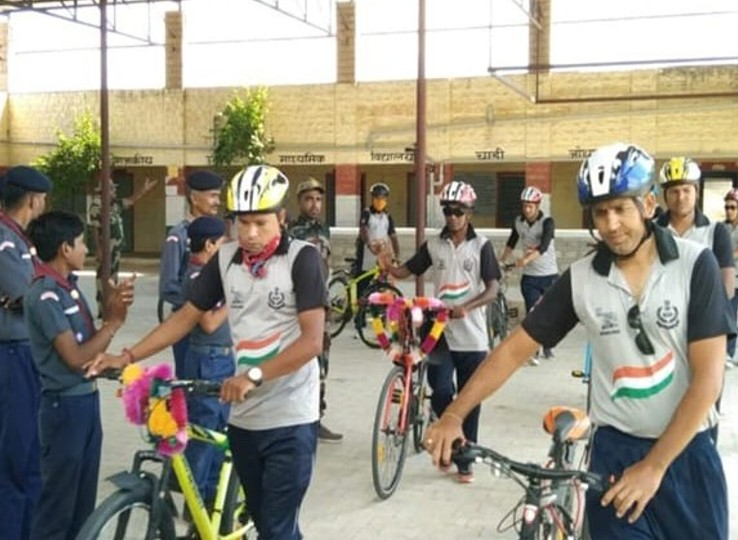 साइकिल पर निकले BSF के 41 जवान नागौर पहुंचे। - Dainik Bhaskar