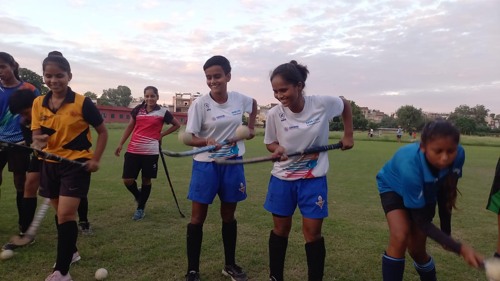 मेरठ में अभ्यास करती थी हॉकी हैट्रिक गर्ल, आज नई खिलाड़ियों की प्रेरणा है वंदना दीदी|मेरठ,Meerut - Dainik Bhaskar