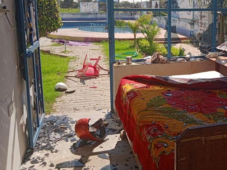 बहरोड़ के नांगल खोड़िया गांव में हथियारबंद बदमाश आए, रंगदारी नहीं देने पर वाटर पार्क में तोड़फोड़ कर गए|अलवर,Alwar - Dainik Bhaskar