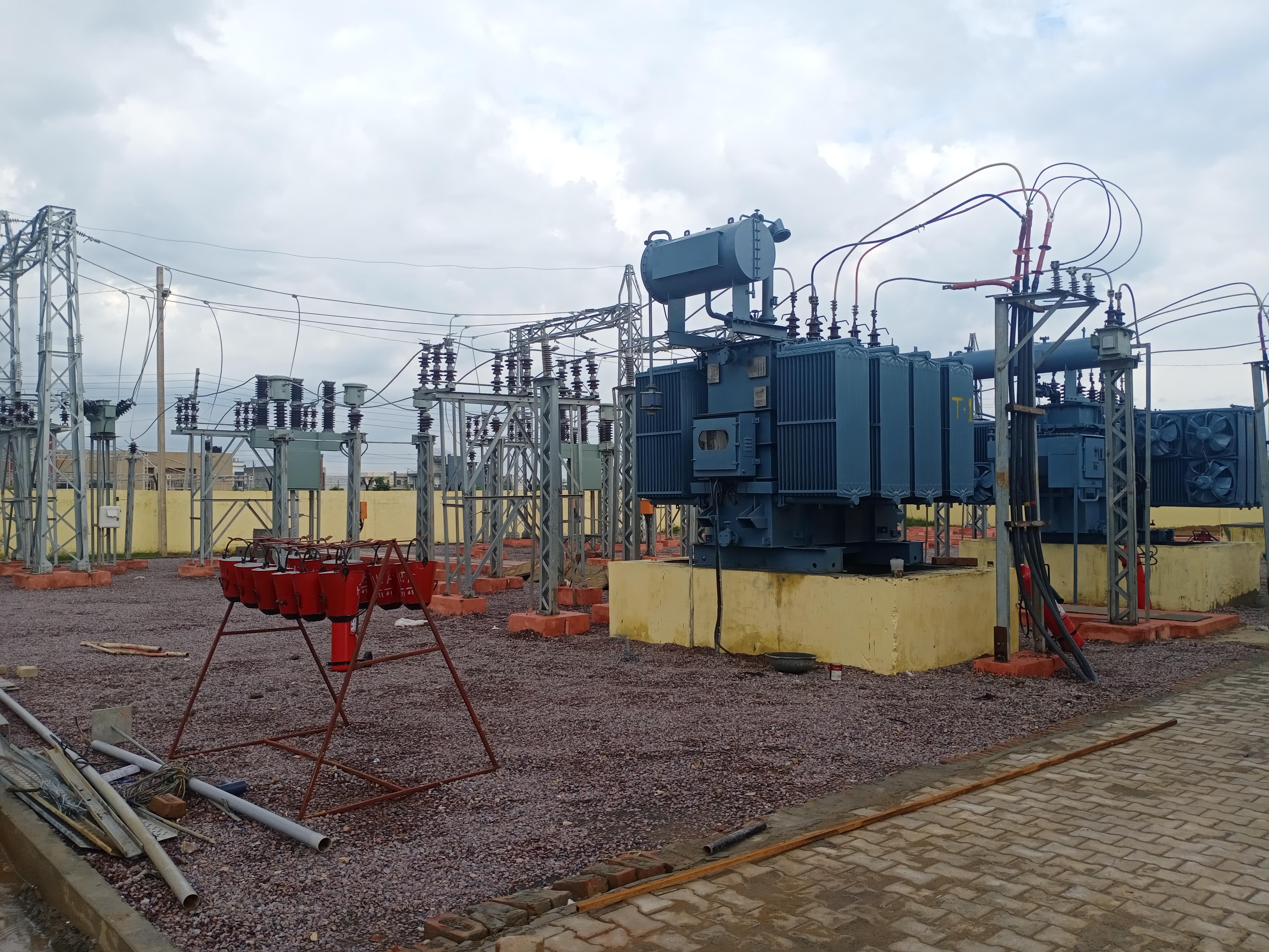 सेक्टर 5 में 33 केवी क्षमता का नया सब स्टेशन बनाकर  किया चालू। - Dainik Bhaskar