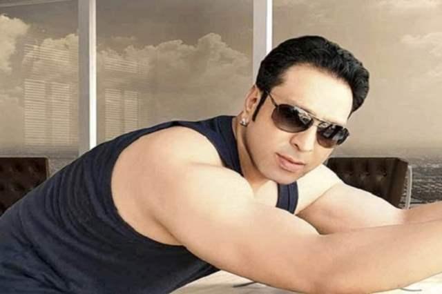 सना खान के पूर्व बॉयफ्रेंड इस्माइल खान।