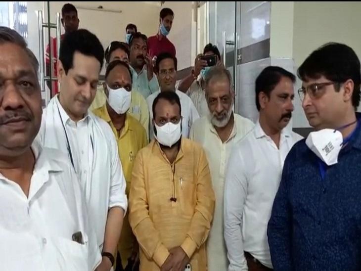 सहारनपुर में अखिलेश यादव और ओवैसी पर बरसे डॉ. चंद्रमोहन, बोले- देश को समर्पित रहा है पीएम मोदी का जीवन|सहारनपुर,Saharanpur - Dainik Bhaskar