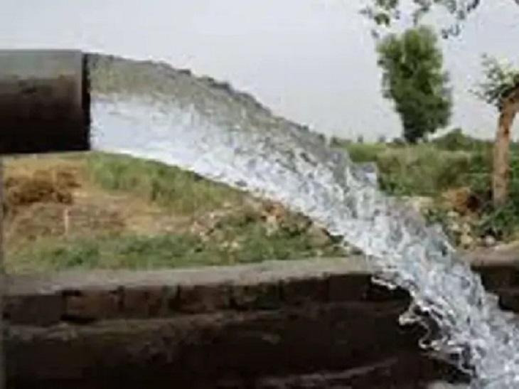 औसत जल स्तर 20-30 फीट पर पहुंचा, 2012 में भाग गया था 40-60 फीट नीचे; अच्छी बारिश का असर गया,Gaya - Dainik Bhaskar