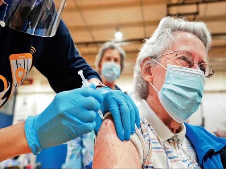अमेरिका में कोरोना से 8 लाख से ज्यादा मौतें; रिपब्लिकन पार्टी के कई नेताओं ने अनिवार्य टीके को बताया अमेरिकियों की आजादी के खिलाफ विदेश,International - Dainik Bhaskar
