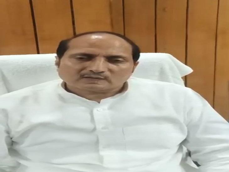 दैनिक भास्कर के सवाल पर किया अखिलेश यादव पर तंज, तुष्टिकरण करना पुरानी आदत, प्रदेश सरकार ने किया विकास कार्य|आजमगढ़,Azamgarh - Dainik Bhaskar