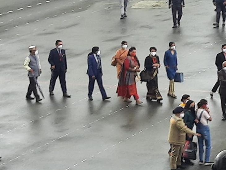 President Ram Nath Kovind's daughter taking a walk on the Ridge Maidan.
