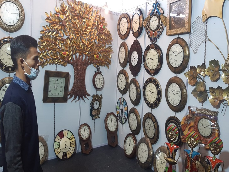 Brass, hand-crafted clocks of wood.