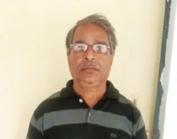 अलीगढ़ में आबकारी टीम ने नमूने की जांच करने के बाद दर्ज कराया मुकदमा, मिथाइल एल्कोहल का नहीं कर सकते इस्तेमाल अलीगढ़,Aligarh - Dainik Bhaskar