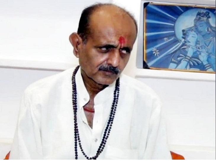 राजेश मिश्रा बोले- बाघंबरी मठ के महंत बहादुर व्यक्ति थे, आत्महत्या नहीं कर सकते, सरकार कराएं पूरे मामले की जांच|आजमगढ़,Azamgarh - Dainik Bhaskar