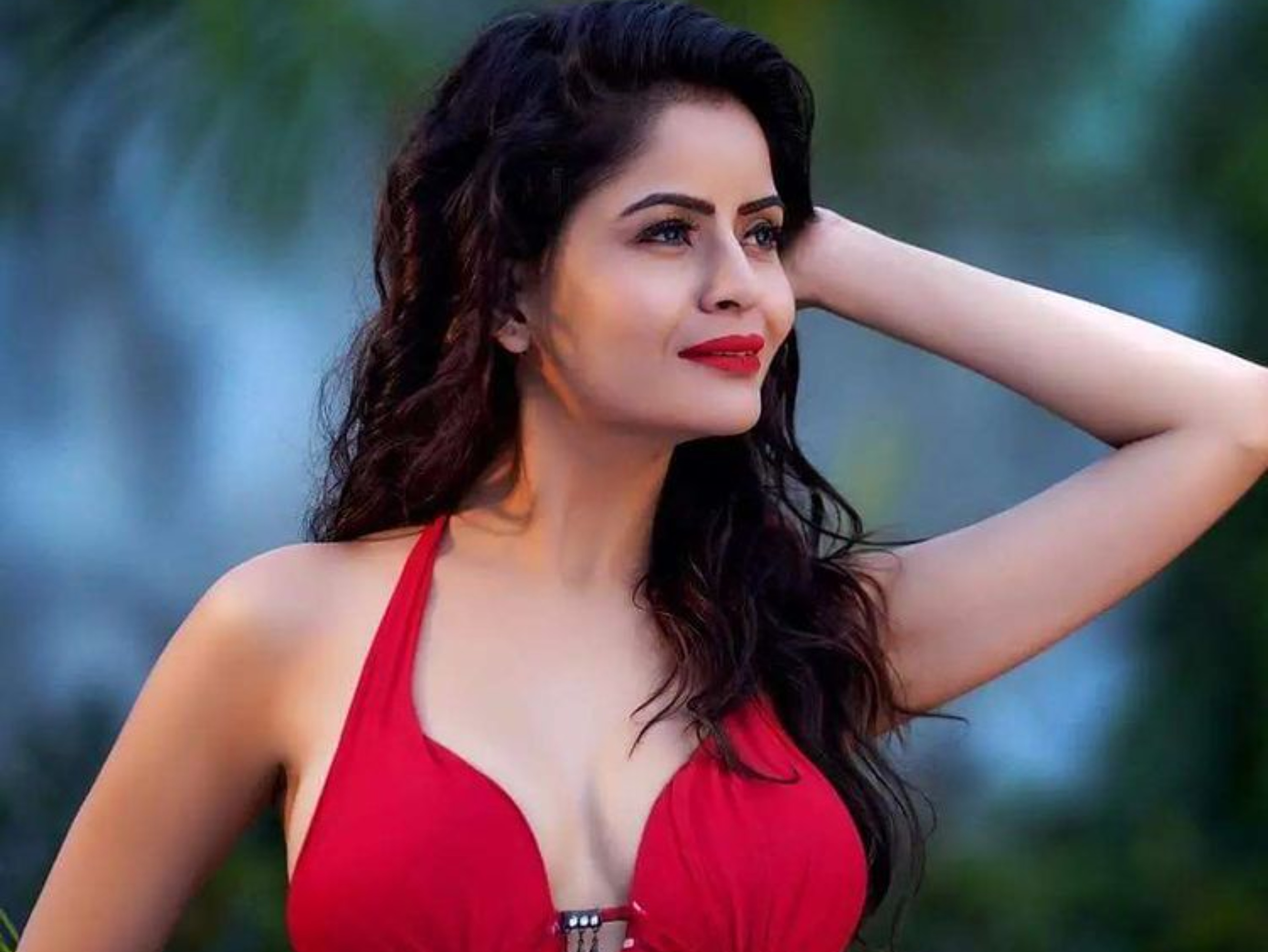 सुप्रीम कोर्ट का आदेश- गहना वशिष्ठ की गिरफ्तारी नहीं होगी, लेकिन एक्ट्रेस जांच में सहयोग करें बॉलीवुड,Bollywood - Dainik Bhaskar