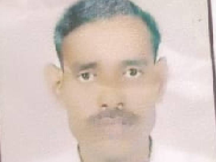 पड़ोसी बहाने से घर से बुलाकर ले गया था, पहले से घात लगाए बैठे साथियों के साथ मिलकर हत्या कर दी; 5 पर मुकदमा|फिरोजाबाद,Firozabad - Dainik Bhaskar