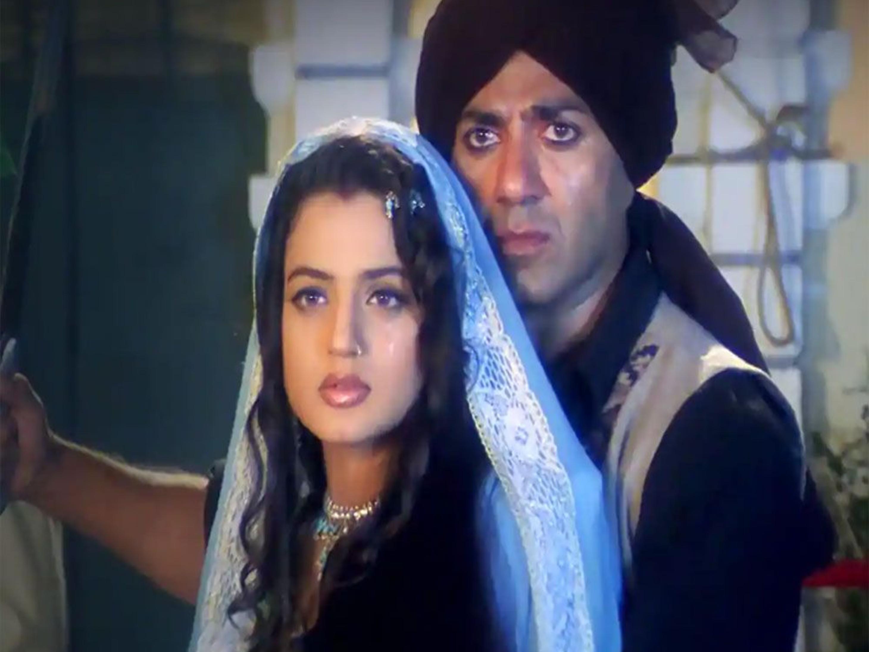नवंबर से फ्लोर पर जाएगी सनी देओल-अमीषा पटेल की 'गदर-2', आदित्य चोपड़ा ने ठुकराया OTT प्लेटफॉर्म से मिला 400 करोड़ का ऑफर बॉलीवुड,Bollywood - Dainik Bhaskar