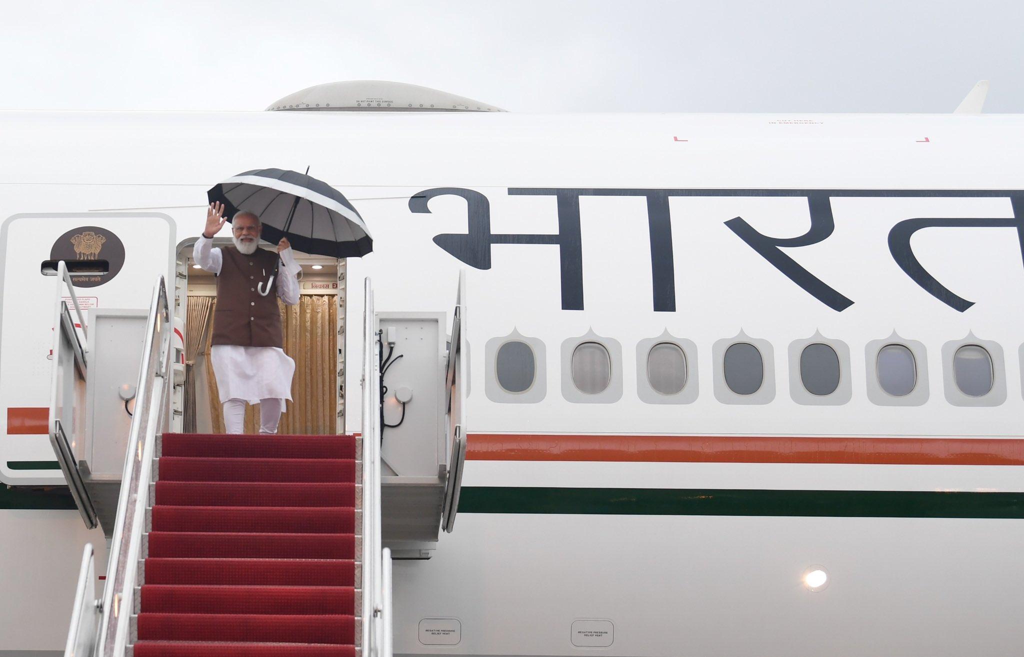 प्रधानमंत्री दो साल बाद अमेरिकी दौरे पर गए हैं। इसके पहले वो 2019 में अमेरिका गए थे। तब डोनाल्ड ट्रम्प राष्ट्रपति थे।