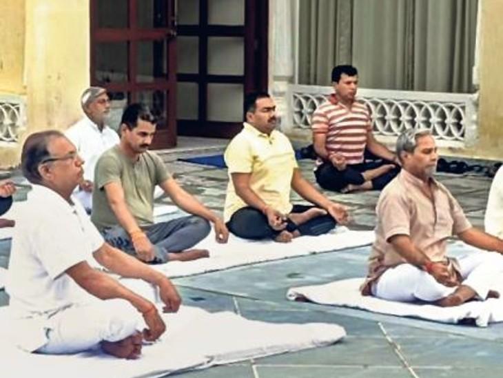 एक चेहरे की बदौलत नहीं, केंद्र व संगठन के दम पर सत्ता हासिल करने में जुटेगी बीजेपी|जयपुर,Jaipur - Dainik Bhaskar