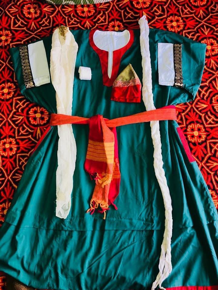 कश्मीरी ड्रेस