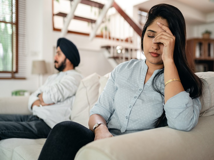 एक दूसरे से अलग सोच रखने वाले कपल रिश्ते को इन 6 तरीकों से बनाएं खुशहाल|रिलेशनशिप,Relationship - Dainik Bhaskar