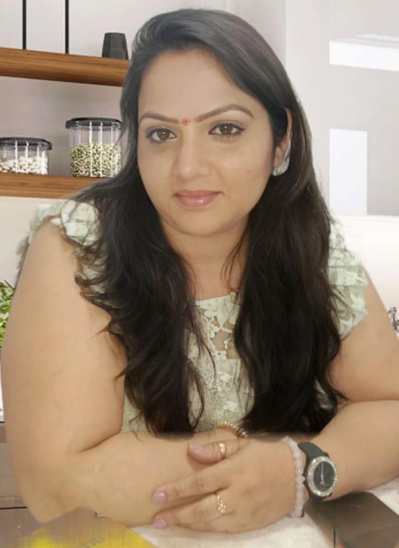 आदर्श मत सरिता मिश्रा