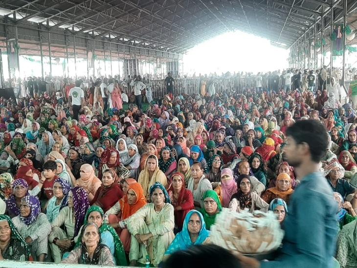 महारैली में उमड़ा महिलाओं का सैलाब।