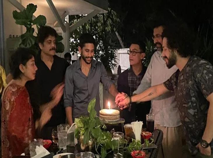 नागार्जुन अक्किनेनी के पूरे परिवार के साथ आमिर खान ने किया डिनर, तलाक की खबरों के बीच गायब रहीं नाग चैतन्य की पत्नी सामंथा|बॉलीवुड,Bollywood - Dainik Bhaskar