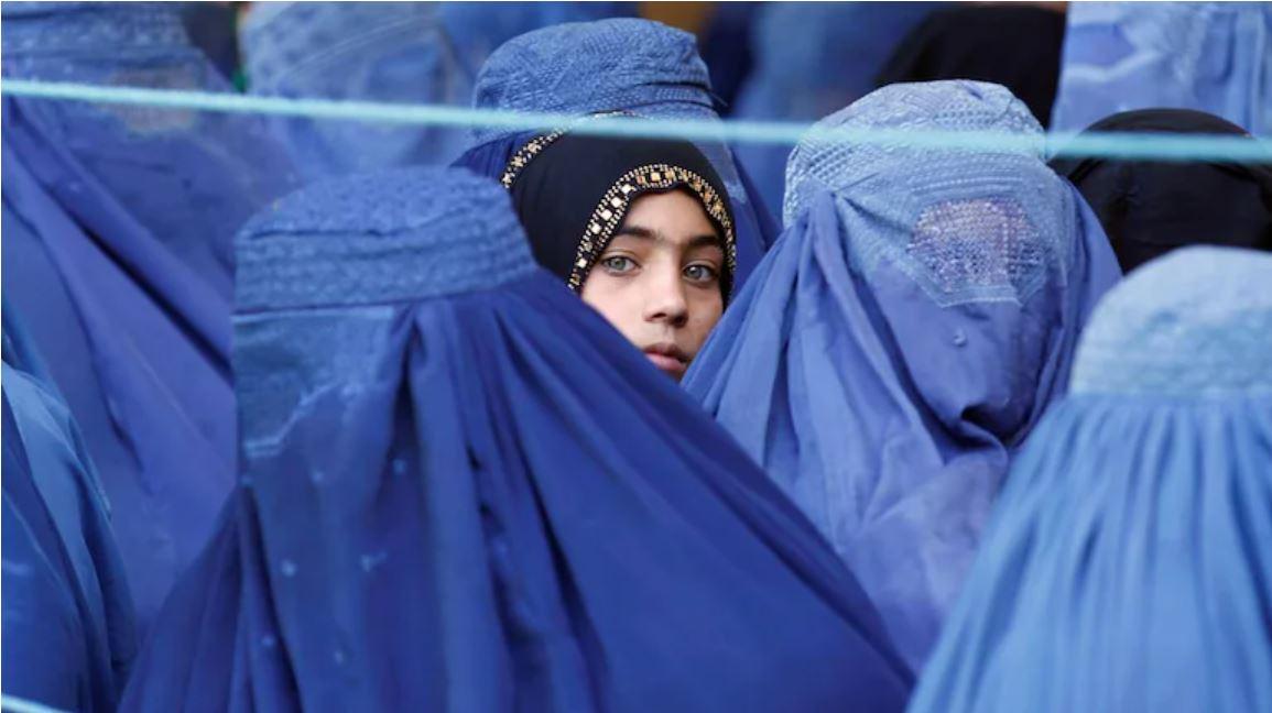 महिलाओं के लिए खौफनाक रहा है तालिबान का पहला शासन, नेलपॉलिश लगाने पर काट दिया था अंगूठा|वुमन,Women - Dainik Bhaskar