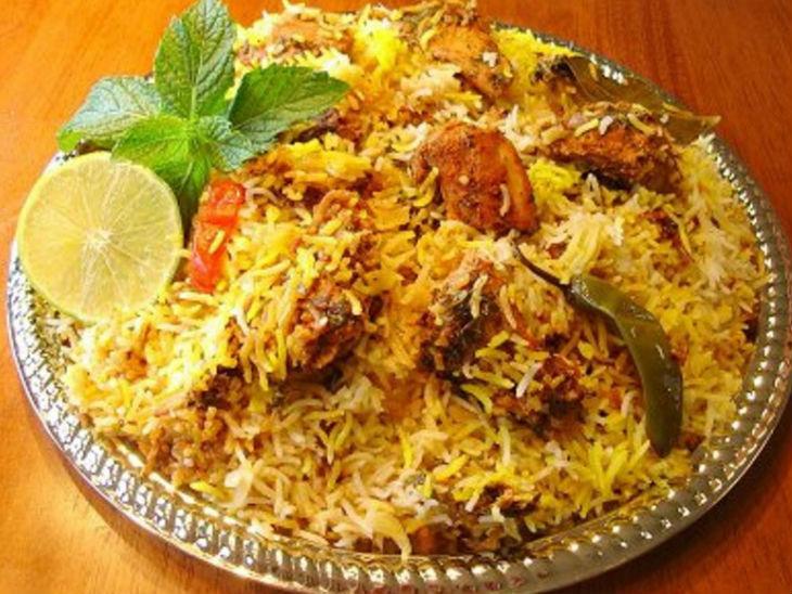 हर 1 सेकंड में 1 बिरयानी होती है ऑर्डर, ये हसीनाएं भी इस डिश को देख खुद को रोक नहीं पातीं|फूड,Food - Dainik Bhaskar