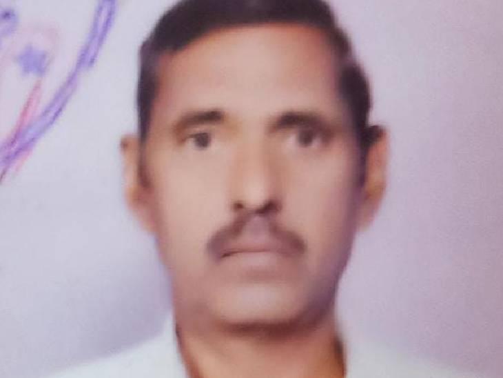 12वीं का छात्र घर पर कोचिंग पढ़ने आया था, बेटी कमरे में गई तो खून से लथपथ शव मिला|जालौन,Jalaun - Dainik Bhaskar