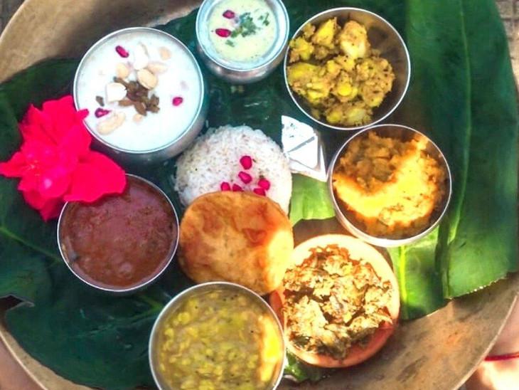 पितरों के धूप-ध्यान के लिए भोजन बनाते समय दूध, दही, घी, मिश्री और शहद का उपयोग जरूर करें|धर्म,Dharm - Dainik Bhaskar