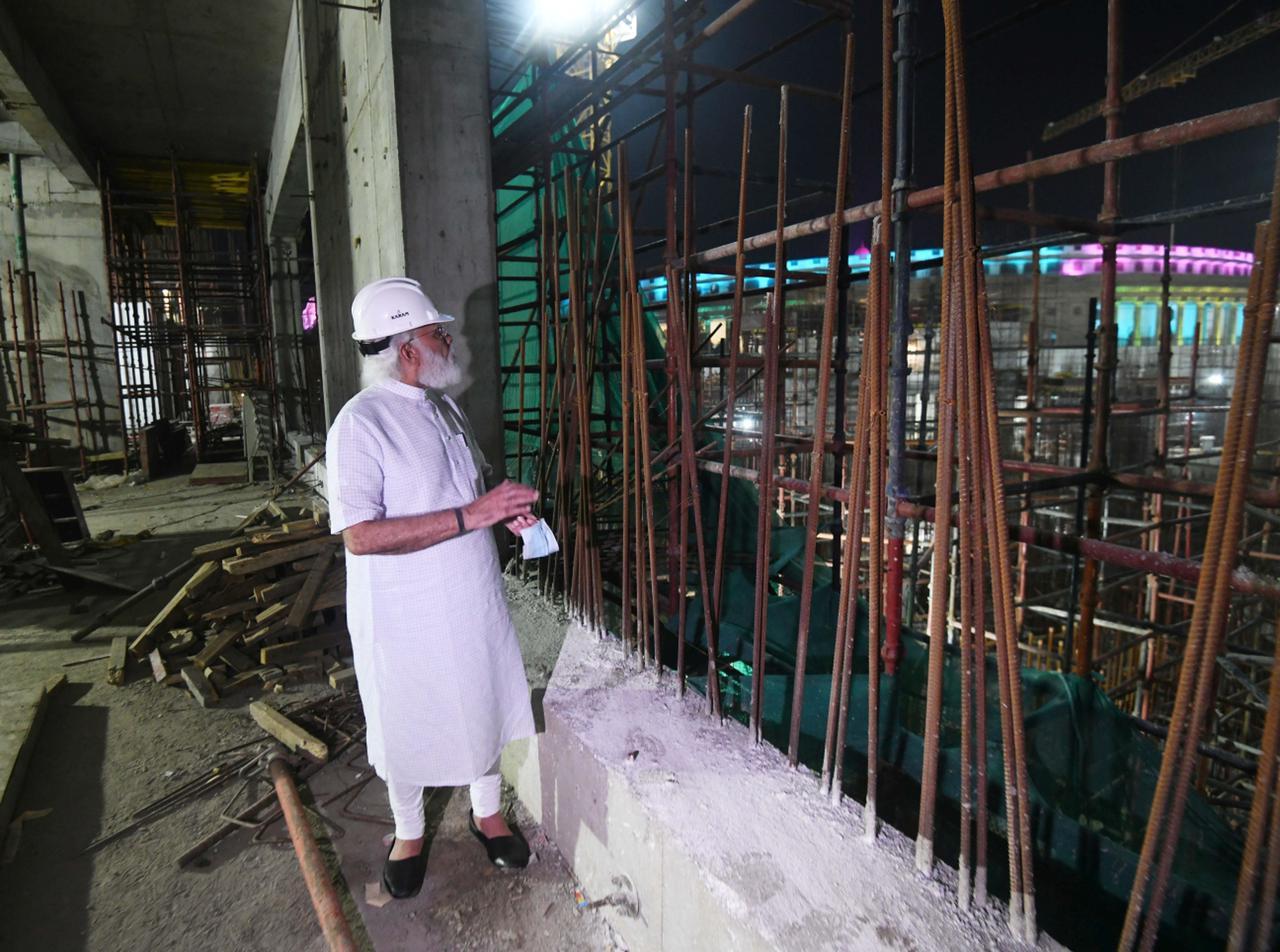 नई दिल्ली में राष्ट्रपति भवन से इंडिया गेट तक के बीच का तीन किमी लंबे एरिया को सेंट्रल विस्टा कहते हैं। सितंबर 2019 में केंद्र सरकार ने इसके री-डेवलपमेंट की योजना बनाई।