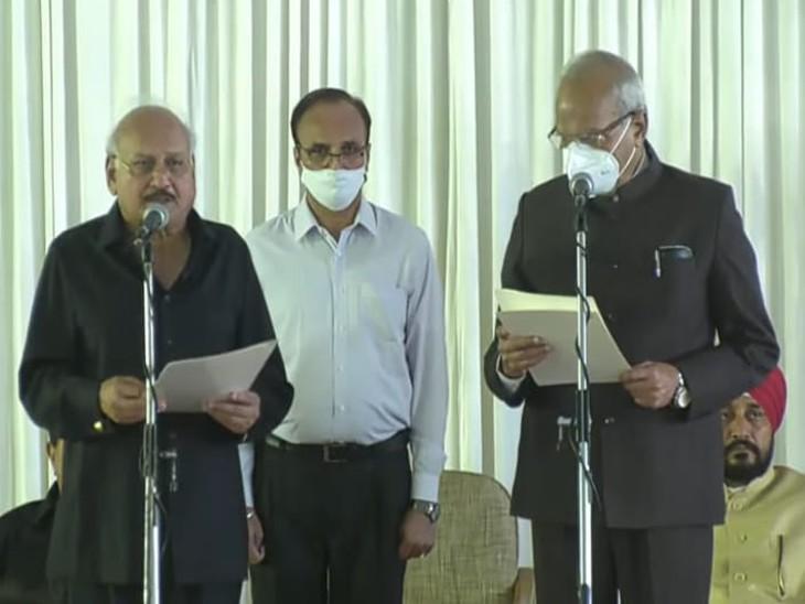 मंत्री पद की शपथ लेते ब्रह्म महिंद्रा।