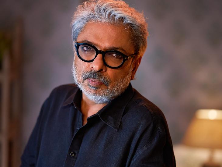 संजय लीला भंसाली ने कहा- मुझे मेरे दोस्त मोईन बेग ने 14 साल पहले 'हीरामंडी' सुनाई थी, नेटफ्लिक्स को सुनाई तो उनकी बांछें खिल गईं|बॉलीवुड,Bollywood - Dainik Bhaskar