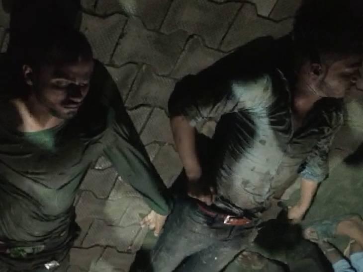 दिमागी हालत ठीक न होने पर मौसेरे भाई ने छलांग लगा थी, दोनों बचाने के लिए तालाब में उतरे; भाई को बचाया, खुद डूब गए|अमेठी,Amethi - Dainik Bhaskar
