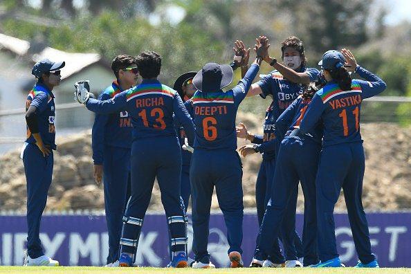 भारतीय महिला क्रिकेट टीम ने ऑस्ट्रेलिया का विजय रथ रोका, 26 मैचों की जीत के सिलसिले को तोड़ा वुमन,Women - Dainik Bhaskar