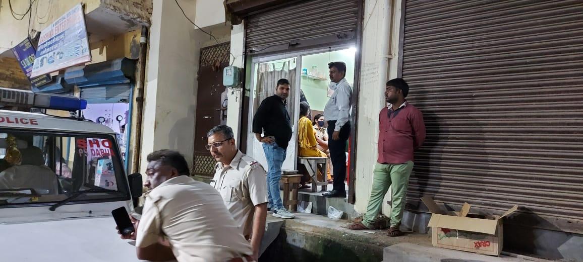 गर्भपात कराने और दवाएं बेचने के आरोप में महिला गिरफ्तार, नौंवी पास है आरोपी महिला|फरीदाबाद,Faridabad - Dainik Bhaskar