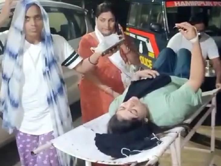वक्फ बोर्ड की जमीन के विवाद में मारी गोली, महिला की हालत गंभीर; कानपुर रेफर|हमीरपुर,Hamirpur - Dainik Bhaskar
