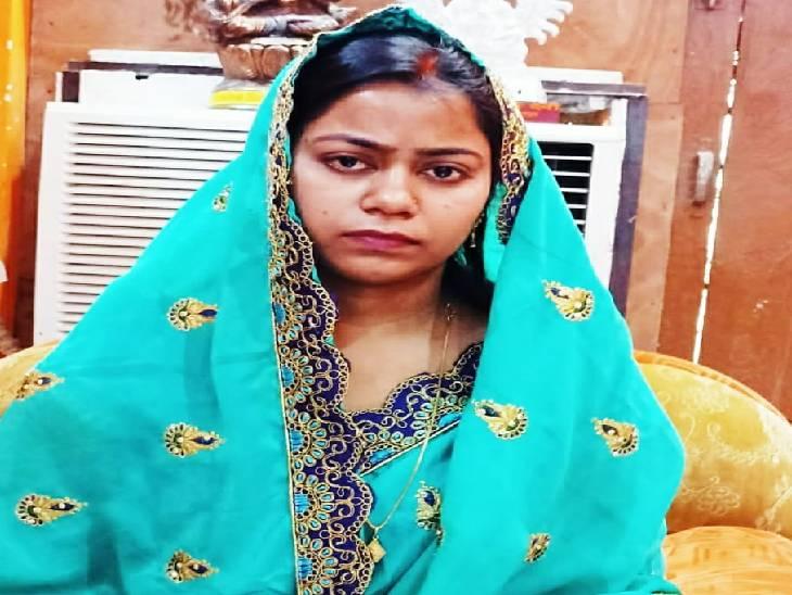 ब्लॉक परिसर में बीडीओ और मंत्री के बेटे के बीच हुई थी मारपीट, ब्लॉक प्रमुख पत्नी ने दर्ज कराया केस|देवरिया,Deoria - Dainik Bhaskar