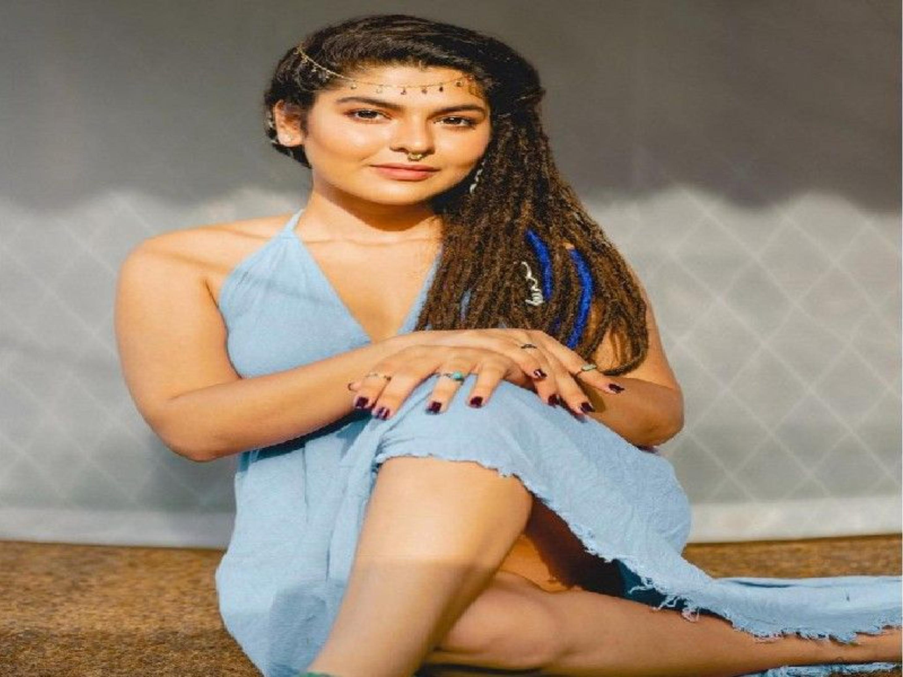 'तारक मेहता' फेम निधि भानुशाली रोड ट्रिप के चलते नहीं बन पाईं शो का हिस्सा, पिछले 3 महीने में सिर्फ एक बार लौटी थी घर|टीवी,TV - Dainik Bhaskar