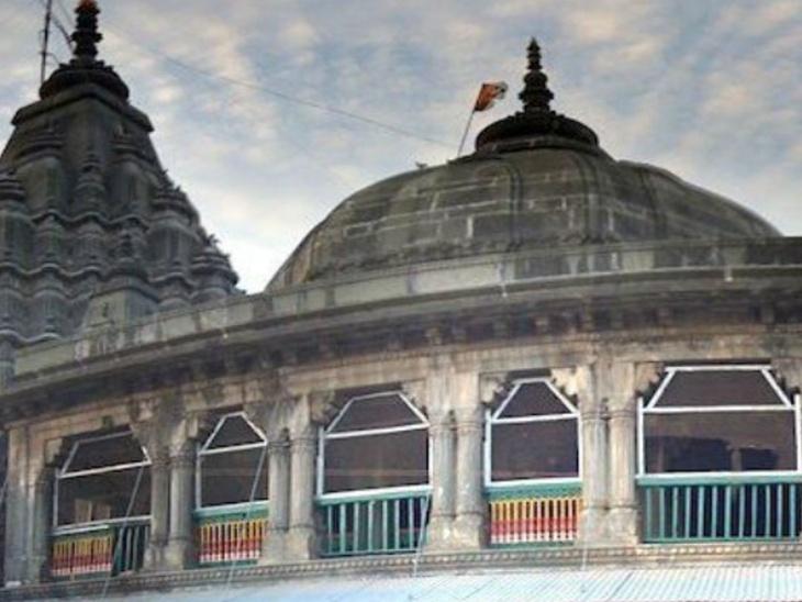 44 पिलर और 54 वेदियां हैं गया के विष्णुपद मंदिर में, पितरों के तर्पण का है इस स्थान पर विशेष महत्व|धर्म,Dharm - Dainik Bhaskar
