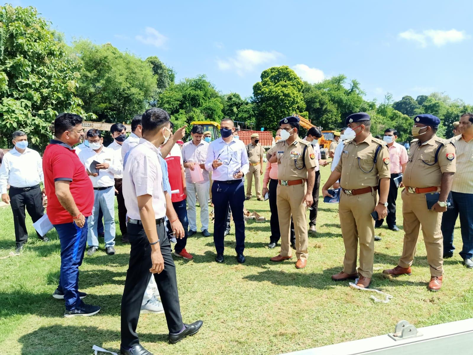योगी आदित्यनाथ 30 सितंबर को DAV मैदान में जनसभा करेंगे, मंडलायुक्त ने कार्यक्रम स्थल का निरीक्षण किया कानपुर,Kanpur - Dainik Bhaskar