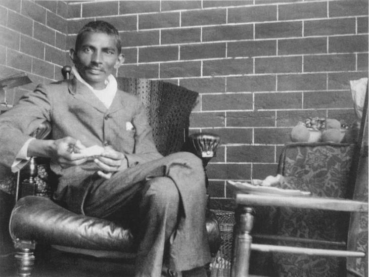 दक्षिण अफ्रीका में गांधी जी।