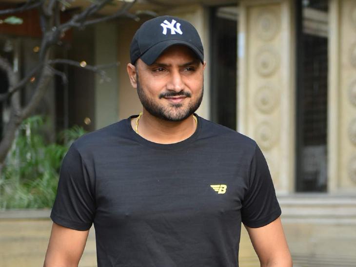 लीड एक्टर के रूप में अपनी शुरुआत पर हरभजन सिंह बोले- क्रिकेट मेरी पहली प्रायोरिटी है, यह हमेशा से रहा है..मैं आज जो कुछ भी हूं वो खेल की वजह से हूं|बॉलीवुड,Bollywood - Dainik Bhaskar