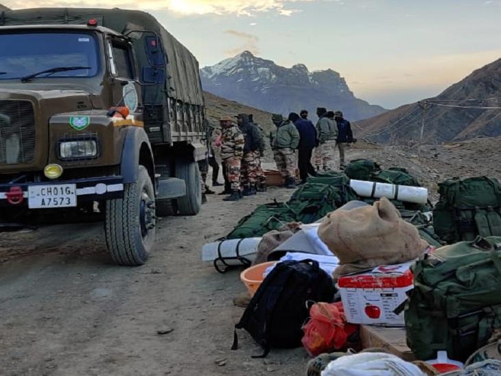 32 सदस्यीय बचाव दल को रास्ते में ही मिल गए थे पर्वतारोही, दो की मौत हो चुकी थी|शिमला,Shimla - Dainik Bhaskar