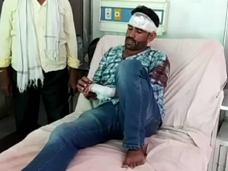 ग्राम सभा की जमीन पर पूर्व प्रधान ने किया था कब्जा, शिकायत करने पर समर्थकों ने युवक को मार दी गोली रामपुर,Rampur - Dainik Bhaskar