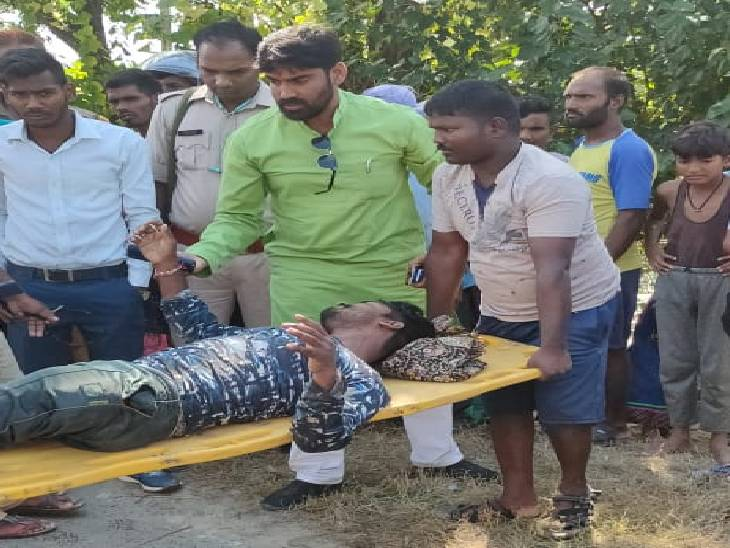 तेज रफ्तार ट्रक ने बाइक सवार को मारी टक्कर, हालत गंभीर; सदर अस्पताल रेफर किया|देवरिया,Deoria - Dainik Bhaskar