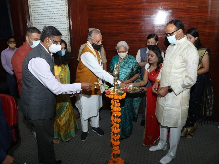 रक्तदाताओं का राज्यपाल ने किया सम्मान, कैंपस में ब्लड डोनेशन कैम्प लगाने पर दिया जोर|लखनऊ,Lucknow - Dainik Bhaskar