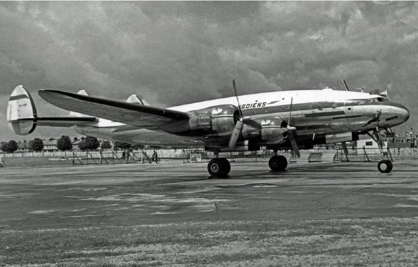 8 जून 1948 को टाटा समूह के मालाबार प्रिंसेस विमान ने बॉम्बे से लंदन के लिए पहली बार उड़ान भरी थी। 8 हजार किलोमीटर से ज्यादा लंबी इस उड़ान में देश की कई अहम हस्तियों के साथ ही ब्रिटेन में भारत के हाई कमिश्नर कृष्ण मेनन भी सवार थे।